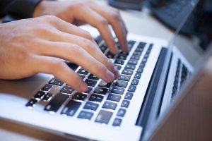 Ce inseamna sa inregistrezi un domeniu web nou?